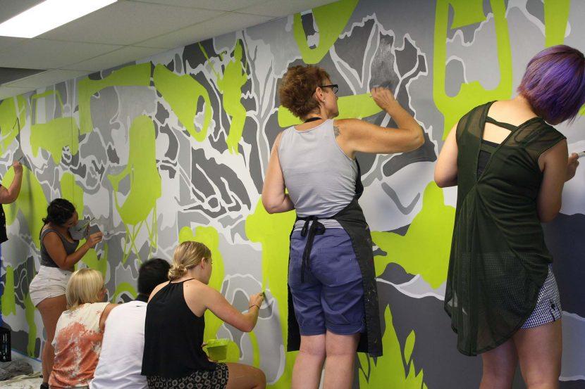 2380qca_the_street_mural_3-lr